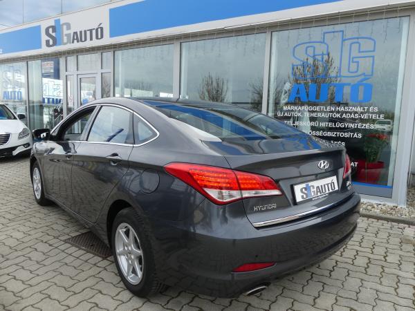 Hyundai I40 1.7CRDi Premium,Led,Klima,ŰL,Fű,PDC