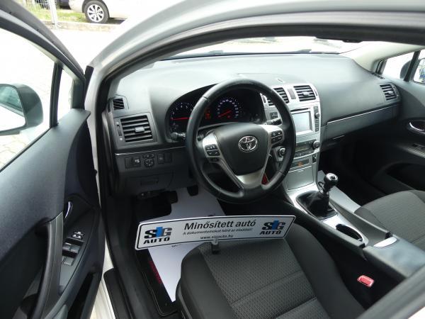 Toyota Avensis 1.8 Led,Navi,D.Klima,,Űl,Fű,Sport,,V.Horog